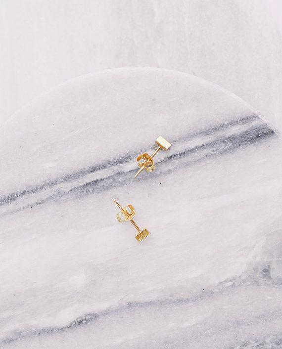 Sidabriniai paauksuoti minimalistiniai auskarai