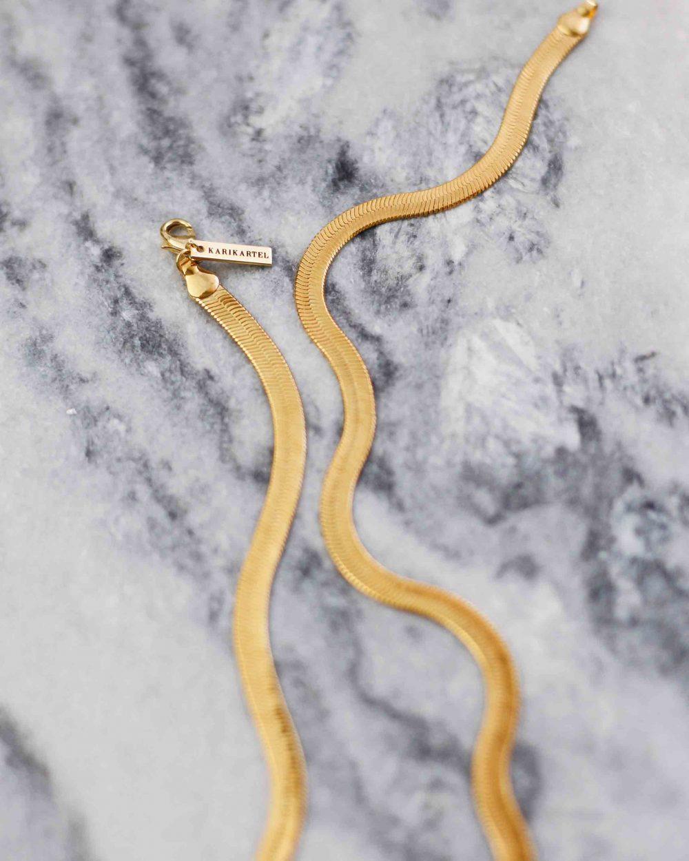 """Stambus gyvatės kaklo papuošalas   """"Avram"""" kolekcija"""